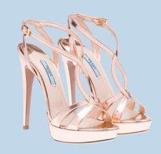 Sandali Prada, collezione P/E 2012 - Prada P/E 2012: sandali con tacco alto