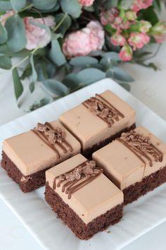 Pätkisleivokset | Amanda Leipoo Sweet Desserts, Delicious Desserts, Yummy Food, Baking Recipes, Cake Recipes, Dessert Recipes, Sweet Bakery, Different Cakes, Cake Bars