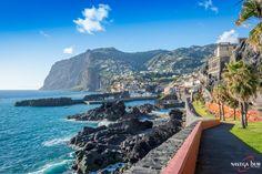 Bom Dia! A beautiful day near Câmara de Lobos on the sunny south coast of #Madeiraisland