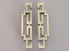 ETSY: Pair of Vintage Style Cabinet Door Handles Pulls Antique Bronze Dresser Pulls Drawer Pull Handles Knobs Retro Furniture Handle Pull Hardware The Drawer Pulls And Knobs, Dresser Pulls, Knobs And Handles, Drawer Handles, Pull Handles, Door Pulls, Kitchen Cabinet Pulls, Cabinet Door Handles, Cabinet Doors