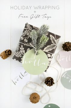 Holiday Wrapping and Free Printable Gift Tags