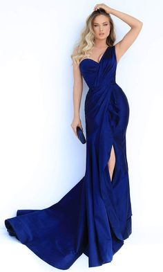 Royal Blue Gown, Navy Blue Gown, Navy Blue Evening Gown, Blue Evening Gowns, Evening Dresses, Elegant Evening Gowns, Gala Dresses, Pageant Dresses, Blue Dresses