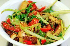 Sesampfanne mit Weißkohl & Räuchertofu ♥ sesame stir-fry with white cabbage and smoked tofu