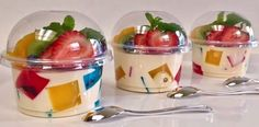 "GELATINS: Individual jelly Mosaic and 3 milks for business or dessert table "" By Creaciones Prin "" If you like let us your HELLO and give me your liked LOOK… Jello Desserts, Jello Recipes, Mini Desserts, Mexican Food Recipes, Dessert Recipes, Deco Fruit, Jello Cups, Partys, Party Snacks"