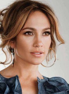 Jennifer Lopez - love her hair color & brows!