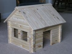 Log Cabin I built for our bun Vincent. Log Cabin I built for our bun Vincent. Popsicle Stick Houses, Popsicle Stick Crafts, Craft Stick Crafts, Fairy Houses, Dog Houses, Styrofoam Crafts, Coffee Table Design, Diy Bed, Miniature Houses