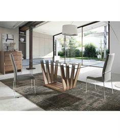 Original diseño de mesa de comedor Mia. Con base de madera y tapa en cristal templado. #mesasdecentro #AngelCerda http://www.aristamobiliario.es/mesas-de-comedor/1274-mesa-comedor-mia-angel-cerda.html