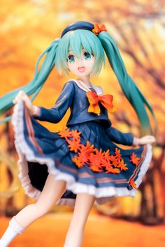 Hatsune Miku, Otaku, Anime Figurines, Figure Photography, Identity Art, Anime Poses, Art Reference Poses, Classy Outfits, Kawaii Anime