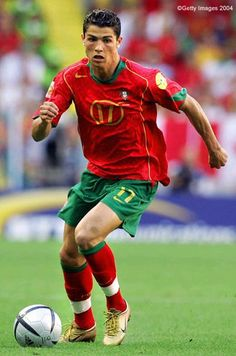 Cristiano Ronaldo on the Portugal National Team during the 2004 European Championship Cr7 Portugal, Portugal Soccer, Cristiano Ronaldo Portugal, Football Players Names, Good Soccer Players, Soccer Stars, Sports Stars, Ronaldo Soccer Player, Cr7 Ronaldo