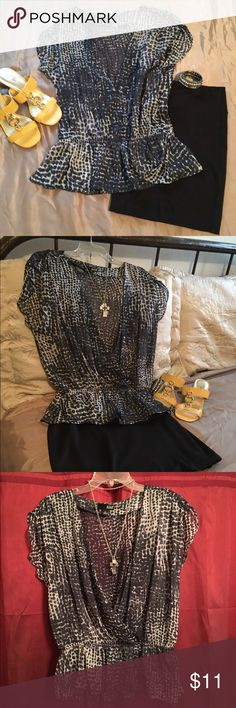 a.n.a sheer top (black and white) Sheer top with a print in black and pale white color. 100% polyester. Machine washable. NWOT. Gathered waistline, ruching at shoulders, will need a tank or cami underneath. Smoke free/pet free home. Thank you 🙋🏻😊 a.n.a Tops Tunics