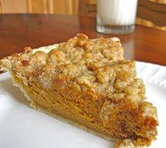 Pumpkin Pie with Maple Crumb Topping - Simple Pumpkin Pie Recipe