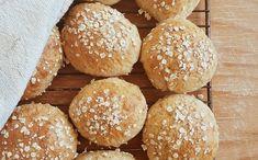 Breakfast buns Baking Sheet, Cottage Cheese, Bread, Buns, Breakfast, Recipes, Food, Morning Coffee, Brot