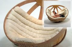 The adult cradle: Isn't this the perfect piece of furniture for those rainy days at home?