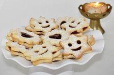 Isteni omlós linzer, aminek a tésztája valóban elolvad a szádban Minion, Waffles, Cereal, Yummy Food, Cookies, Breakfast, Cake, Buffets, Kitchen