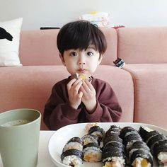 Cute Asian Babies, Korean Babies, Asian Kids, Cute Baby Boy, Cute Little Baby, Cute Kids, Baby Boy Pictures, Cute Baby Pictures, Baby Ultrasound