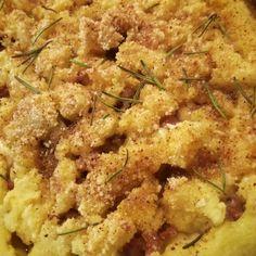 Sbriciolata di patate e salsiccia - Al.ta Cucina Sausage Pasta Bake, Mamma, Carne, Spanish, Pizza, Meat, Baking, Food, Salads
