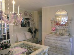 Shabby Chic in the Dinning Room