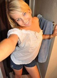 milf-area.com.au Cougar Dating, Dating Older Women, Date Today, Pub Crawl, Dominatrix, Other Woman, Old Women, Looking For Women, Kinky