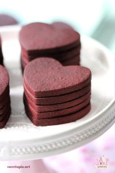 Red Velvet Cookie Recipe, Cut Out Cookie Recipe, Red Velvet Cookies, Cut Out Cookies, Royal Icing Cookies, Cookie Recipes, Cookie Ideas, Cut Out Cookie Frosting, Red Velvet Shortbread Cookies