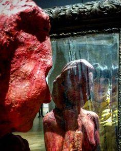 "#Latergram / #MuseumSelfie à côté de la ""Femme debout se regardant dans un #miroir"" de #GeorgeSegal  #expo #sculpture #hyperréalisme #museobilbao #Bilbao #artcontemporain #BilbaoMuseum #museobellasartesbilbao #mirror #mirrorselfie #reflet #artselfie #exposelfie #selfie"