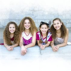 Justin Bieber - What Do You Mean (Haschak Sisters Cover) - so cute these girls are amazing Sister Songs, Sister Quotes, Nephew Quotes, Cousin Quotes, Daughter Quotes, Father Daughter, Family Quotes, Enrique Iglesias, Justin Bieber