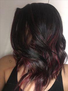 Mechas rosas+ cabelos ondulados