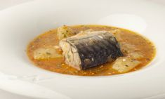 This is a traditional Catalan fish stew with a simple sauce of tomatoes, paprika and parsley.