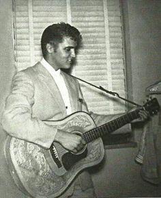 ♡♥Elvis Presley 20 performs in Tampa on July 31st,1955♥♡