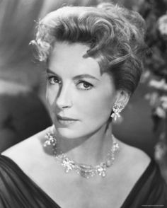 Deborah Kerr - (aka Deborah Jane Kerr-Trimmer) - - Nominated for six Academy Awards - Edward, My Son From Here to Eternity The King and I Heaven Knows Mr. Allison Separate Tables The Sundowners 1960 - all for Best Actress - Honorary Academy Award in 1994 Hollywood Stars, Hollywood Icons, Old Hollywood Glamour, Golden Age Of Hollywood, Vintage Hollywood, Hollywood Actresses, Classic Hollywood, Hollywood Jewelry, Classic Actresses