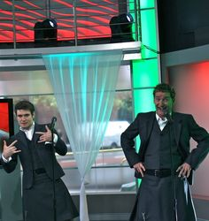 Paul Byrom Celtic Thunder   Paul Byrom one more to give ya'll an idea how serious things are in ...