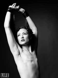 Cary, 33 years old -I participated in The SCAR Project because I believe that these powerful images can reach people in a way that words can not. (The SCAR project was about women and how beautiful they are even with double masectomys.)