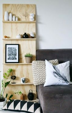 Tuesday Tips - DIY plywood shelf behind the teal table? - http://www.homedecoras.net/tuesday-tips-diy-plywood-shelf-behind-the-teal-table
