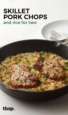 One-pan pork chops with gravy? Skillet Pork Chops & Rice for Two - Yes, please! All the better when they're pan-seared to perfection and served up with caramelized onions on top of creamy rice. Skillet Pork Chops, Pork Chops And Rice, Pork Chops And Gravy, Skillet Meals, Pork Chops Pan Seared, Pork Gravy, Skillet Recipes, Lamb Chops, Pork Chop Recipes