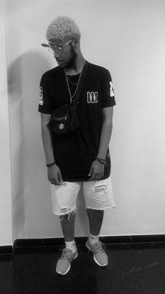 T-Shirt Oversized MALRYSSYO86! T-Shirt  Oversized black Modelo: @king_souzv . Obrigado nego!!! #estilo #moda #modamasculina  #diferente #atitude #rua #sampa #arte #malryssyo86 #repost #like4like #streetwear #swag #tshirt #modelo #nigga #feliznatal #blackpyramid #tshirtoversized
