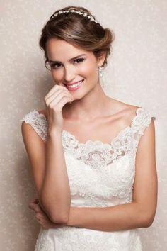 Ideias de maquiagem para todos os estilos de noivas: Todas LINDAS e radiantes! Image: 30