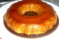 The flan is already a delicacy worthy of the gods but if we do it with condensed milk you will not be able to imagine how tasty it is until you try it. – Dessert Recipe: Cheese Flan and Milk Condensed by Lamagiadesonia Flan Dessert, Easy Desserts, Dessert Recipes, Spanish Cuisine, Spanish Food, Brunch Dishes, Condensed Milk, International Recipes, Cakes And More