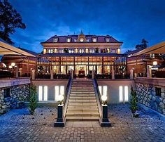 Image of Hotel Albrecht, Bratislava Big Country, Bratislava, Tour Eiffel, Lonely Planet, Places To Travel, Tours, Restaurant, Mansions, House Styles