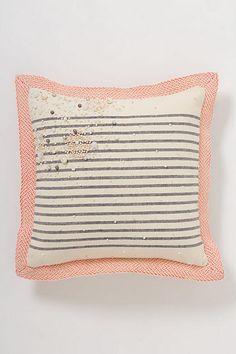 Port-Au-Pearl Pillow