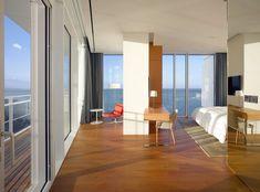 Hotel Seamarq, projetado pelo renomado escritório Richard Meier & Partners (Foto: Roland Halbe / divulgação)