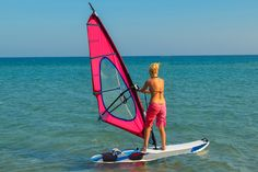 How to do a static turn in windsurfing Surfer Workout, Surfing Tips, Standup Paddle Board, Sup Surf, Learn To Surf, Big Challenge, Water Photography, Windsurfing, Big Waves