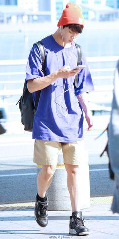 BTS Jungkook © 사랑받는방탄 | Do not edit.