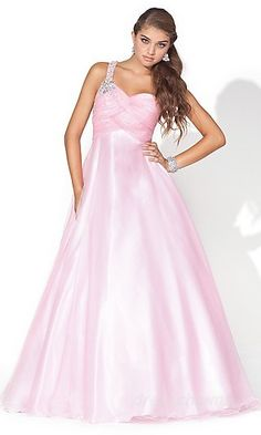 saw a girl wear this at prom...she looked gorg :)