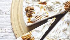 Oriešková torta plnená šľahačkou