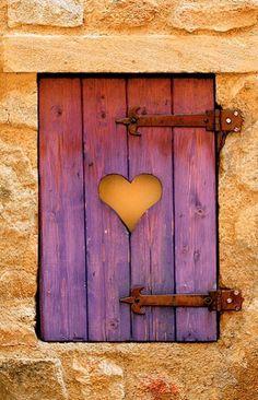 Montpeyroux, Puy-de-Dôme, France(via Pin by Elizabete Guima on doors & windows   Pinterest)