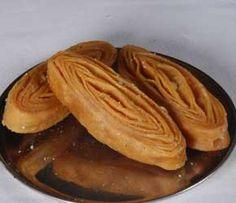 Madrthakaja from G. Pulla Reddy Sweets is a popular sweet. It is extensively gifted during festivals like Rakshabandhan, Holi, Ugadi, and Diwali order Madrthakaja online @ http://www.mithai4all.com/product/G%5E-Pulla-Reddy-Sweets,-Hyderabad/Hyderabad/Madrthakaja/659.aspx