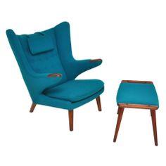Hans Wegner - Papa Bear Chair with Ottoman.stealing my chairs. Chair And Ottoman, Wingback Chair, Armchair, Sofa, Mcm Furniture, Furniture Design, Zen Interiors, Goldilocks And The Three Bears, Hans Wegner