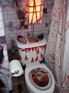 Spooktacular Halloween Decoration Ideas For Your Bathroom - Halloween traditional colors are black and orange. Purple, green, and red are recent additions. Pumpkins and scarecrows are the symbols of Halloween. Bloody Halloween, Modern Halloween, Scary Halloween, Halloween Themes, Vintage Halloween, Happy Halloween, Homemade Halloween, Halloween Scene, Halloween Displays