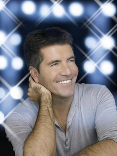 Simon Cowell has a great smile. Simon Cowell has a great smile. Simon Cowell, Gorgeous Men, Beautiful People, Britain Got Talent, Great Smiles, American Idol, Reality Tv, Film, Decir No