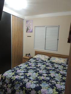 Dormitório -  Projeto: Sergio R. Pereira Designer de Interiores Fone: (11) 95475-7897 projeto@sergiorpereira.com.br
