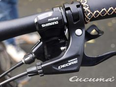 Cucuma Chili Urban. special flatbarshifter for the roadbike groupset ...  (a trekking shifter does NOT work properly with the ROADBIKE groupset here: Shimano 105 2x10)!!!